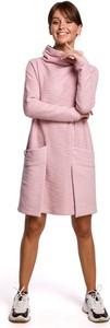 Sukienka MOE z długim rękawem z golfem z bawełny