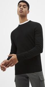 Czarny sweter CELIO w stylu casual z okrągłym dekoltem