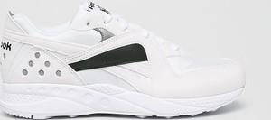 Sneakersy Reebok Classic z płaską podeszwą