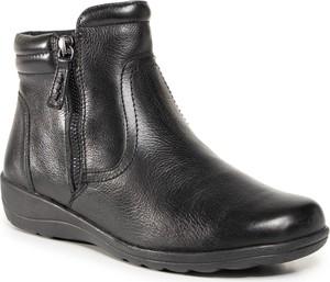 Czarne botki Caprice z płaską podeszwą