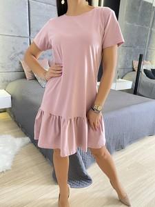 Sukienka ModnaKiecka.pl w stylu casual mini z okrągłym dekoltem