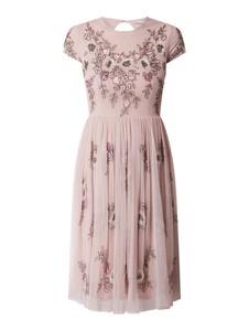 Sukienka Lace & Beads mini z krótkim rękawem z dekoltem w kształcie litery v