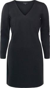 Czarna sukienka Soyaconcept z dekoltem w kształcie litery v z długim rękawem