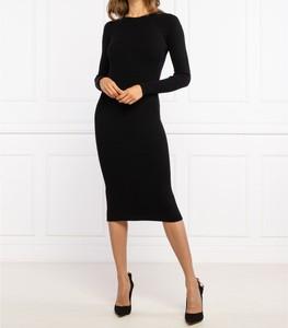 Czarna sukienka Elisabetta Franchi dopasowana