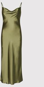 Sukienka Guess na ramiączkach z dekoltem w kształcie litery v