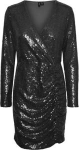 Sukienka WARESHOP z dekoltem w kształcie litery v z długim rękawem mini