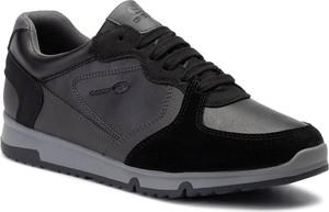 Czarne buty sportowe Geox w sportowym stylu sznurowane z zamszu