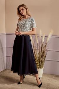 Sukienka Risca z okrągłym dekoltem maxi