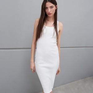 Sukienka Sinsay z okrągłym dekoltem midi