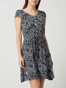 Granatowa sukienka Tom Tailor z okrągłym dekoltem