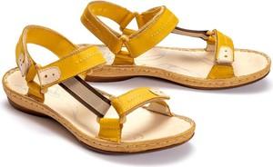Żółte sandały Łukbut w stylu casual