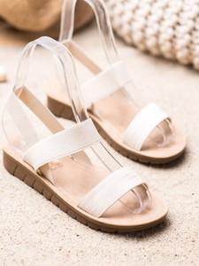 Sandały Czasnabuty w stylu casual na platformie