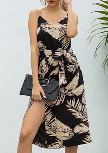 Sukienka Cikelly na ramiączkach z dekoltem w kształcie litery v