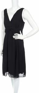 Czarna sukienka YESSICA bez rękawów z dekoltem w kształcie litery v mini