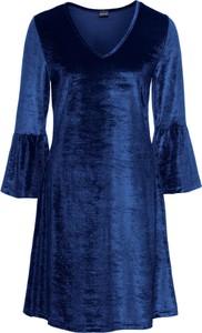 Granatowa sukienka bonprix bodyflirt z długim rękawem rozkloszowana