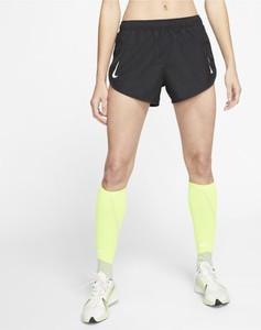 Szorty Nike w sportowym stylu