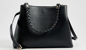 Czarna torebka Mohito średnia na ramię