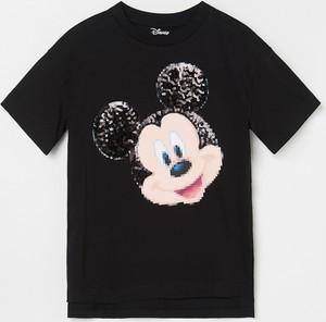 Czarna koszulka dziecięca Reserved z krótkim rękawem