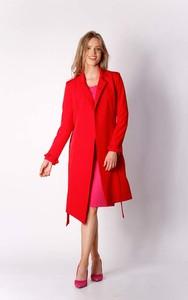Czerwony płaszcz Nommo