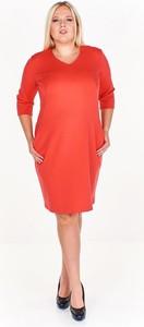 Czerwona sukienka Fokus ołówkowa z bawełny