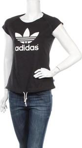 Bluzka Adidas Originals z okrągłym dekoltem
