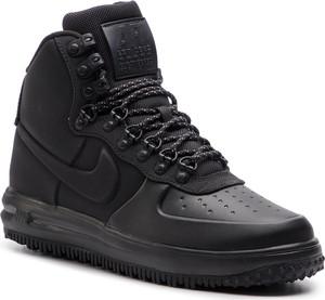 Buty sportowe Nike ze skóry ekologicznej sznurowane w sportowym stylu