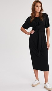 Czarna sukienka Diverse