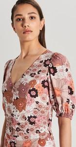 Różowa bluzka Cropp z krótkim rękawem