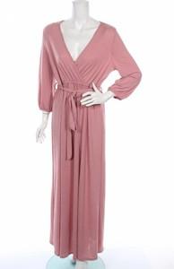 Różowa sukienka Iris z długim rękawem maxi