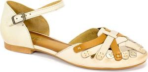 Sandały Maciejka z płaską podeszwą w stylu casual