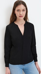 Czarna bluzka Mohito z dekoltem w kształcie litery v z długim rękawem w stylu casual