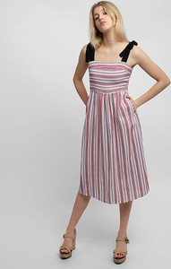 Sukienka Apart na ramiączkach midi