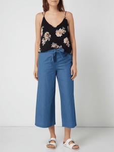 Granatowa bluzka Only z okrągłym dekoltem w stylu casual