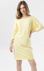 Żółta sukienka born2be z długim rękawem prosta z okrągłym dekoltem