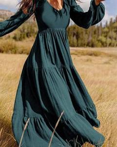 Sukienka Kendallme z długim rękawem z dekoltem w kształcie litery v w stylu boho