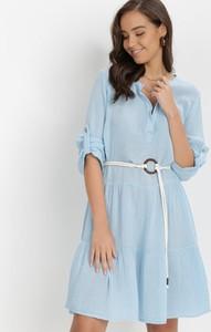 Niebieska sukienka born2be trapezowa z kołnierzykiem w stylu casual