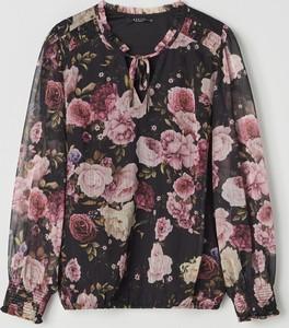 Bluzka Mohito z szyfonu ze sznurowanym dekoltem