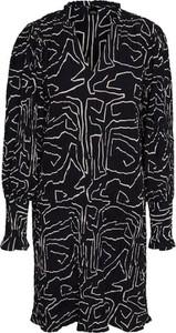 Sukienka Vero Moda z kołnierzykiem z długim rękawem