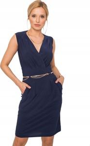 Niebieska sukienka Inna z dekoltem na plecach bez rękawów