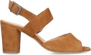 Brązowe sandały Conhpol Relax