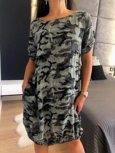 Sukienka ModnaKiecka.pl z długim rękawem mini w stylu casual