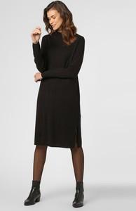 Czarna sukienka someday. z okrągłym dekoltem midi z dzianiny