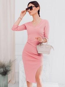 Sukienka Edoti w stylu casual midi z długim rękawem