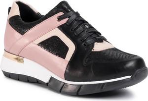 Buty sportowe Gino Rossi ze skóry z płaską podeszwą sznurowane
