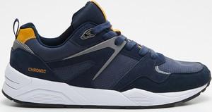 Cropp - Jednokolorowe sneakersy - Niebieski