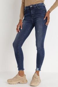 Niebieskie jeansy born2be w stylu casual