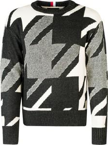 Sweter Tommy Hilfiger z okrągłym dekoltem z tkaniny