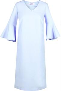 Fioletowa sukienka Fokus midi z długim rękawem trapezowa