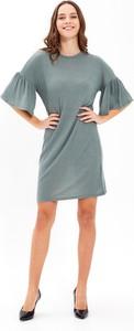 Zielona sukienka Gate trapezowa z długim rękawem