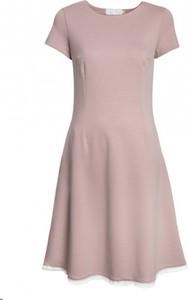 Różowa sukienka Kasia Miciak design z krótkim rękawem